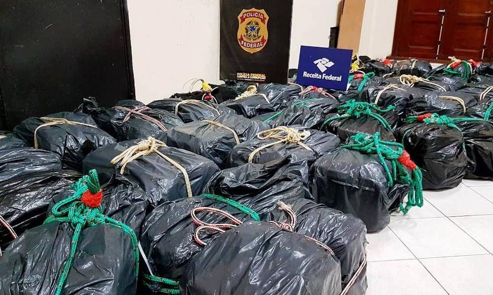PF faz apreensão recorde de cocaína no Porto de Santos