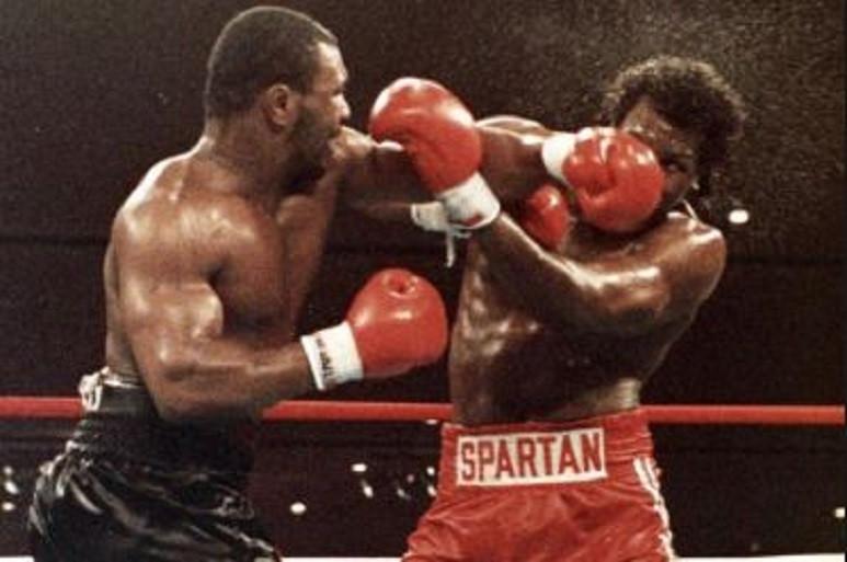 Mike Tyson e uma vitória difícil sobre Tony Tucker em 1987