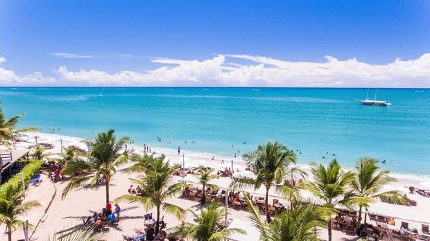 Com 930 km de faixa litorânea, Bahia se destaca por resorts diferenciados