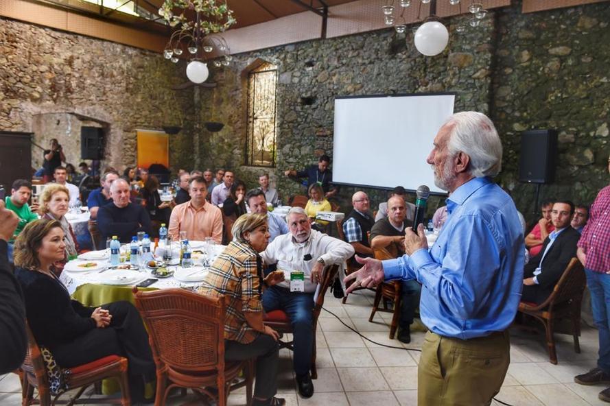 O vice-governador Darci Piana participou no sábado (20), em Antonina, do Encontro da Grande Reserva da Mata Atlântica, que visa a promoção e desenvolvimento do turismo como atividade econômica ambientalmente responsável. Foto: Denis Ferreira Netto/SEDEST