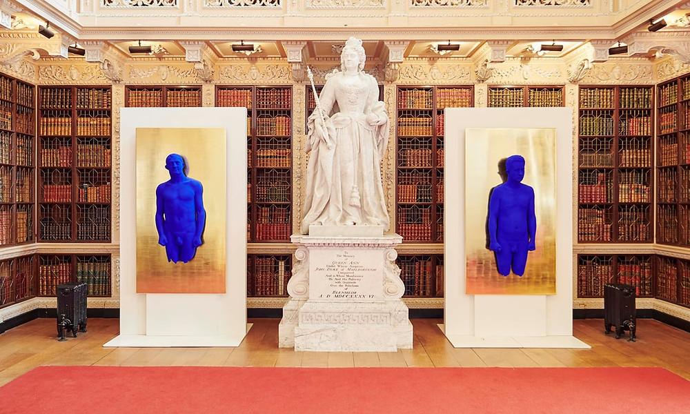 Yves Klein está com nova exposição no Palácio de Blenheim