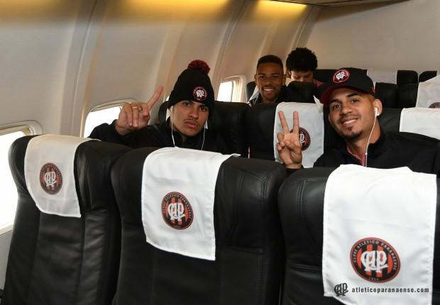 Atlético decide viajar para Chapecó depois de problemas com voo