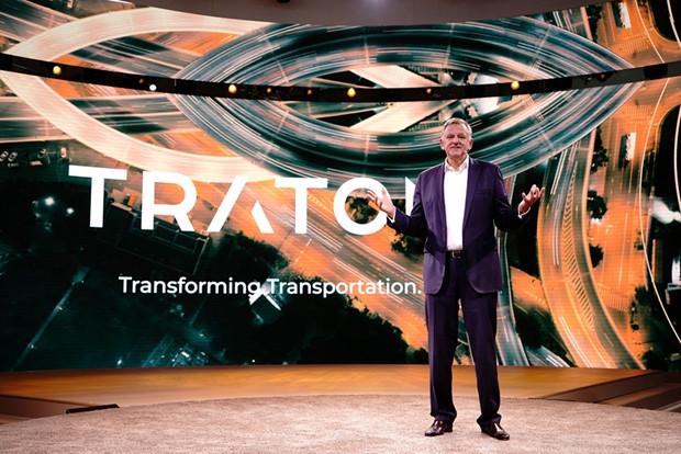 CEO mundial da TRATON está confiante no futuro do Brasil