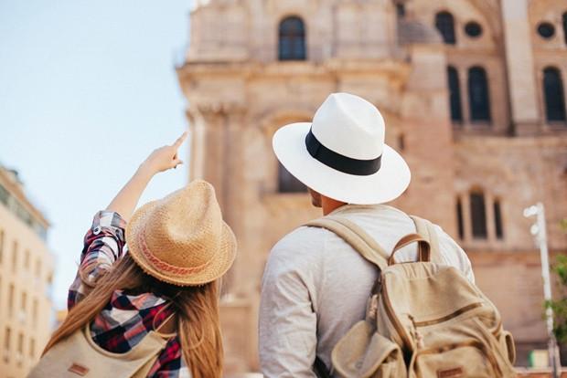 Empresas do setor de turismo adotam, cada vez mais, documentações eletrônicas