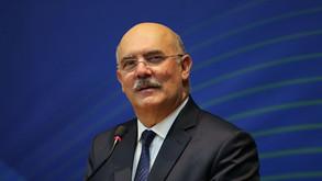 Ministro debate com entidades retorno das aulas presenciais