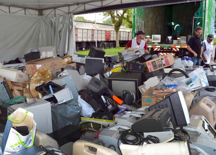 Campanha vai recolher lixo eletrônico no Parque Barigui