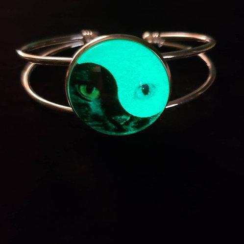 Glow in the Dark Cat YinYang Bracelet