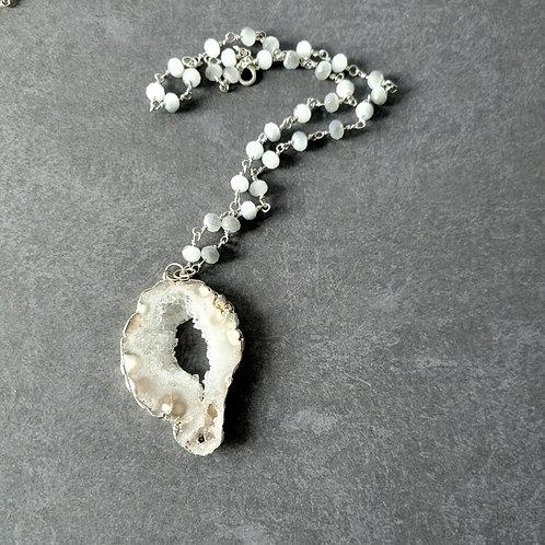 Medium Druzy Agate Necklace