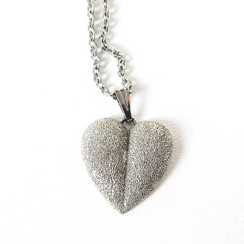 Vintage Diamond Textured Heart Necklace