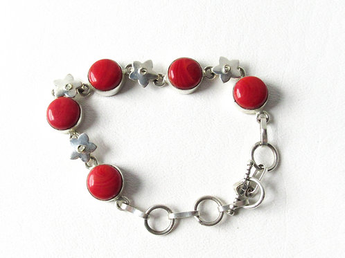 Carnelian and Sterling Silver Bracelet with Flower Links