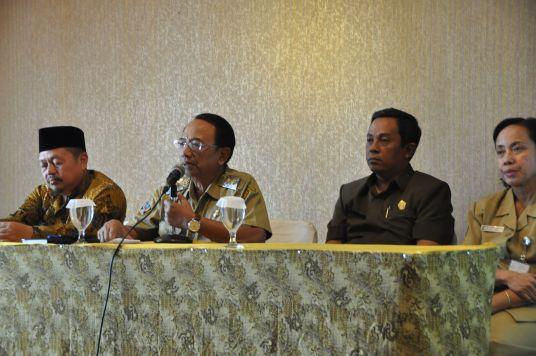 Lembaga Kesehatan Nahdlatul Ulama (LKNU) Kabupaten Blitar memprakarsai terbentuknya Pokja TB-HIV