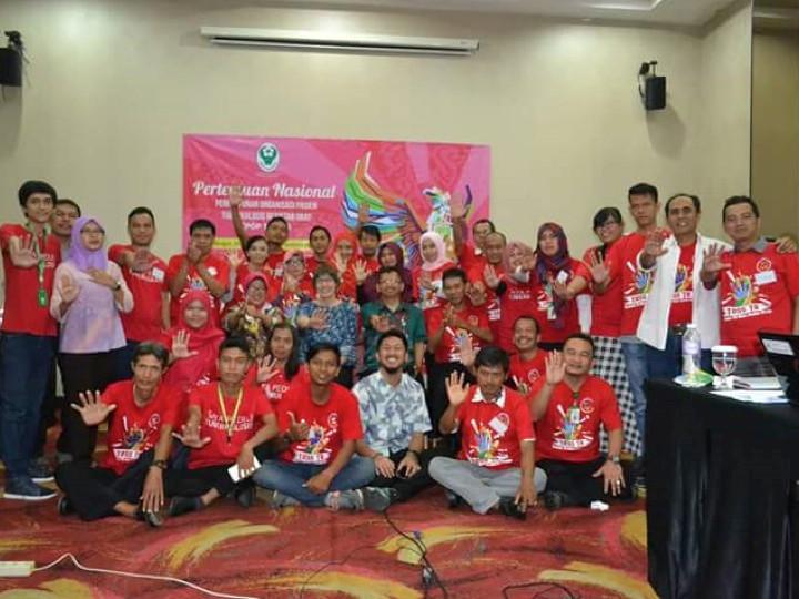 Berjalan Bersama Organisasi Mantan Pasien Untuk Mengakhiri Tuberkulosis di Indonesia