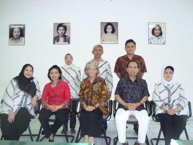 Gerakan Keluarga Menuju Indonesia Bebas TB