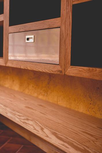 Diseño mobiliario de encino acabado Rubio Monocoat