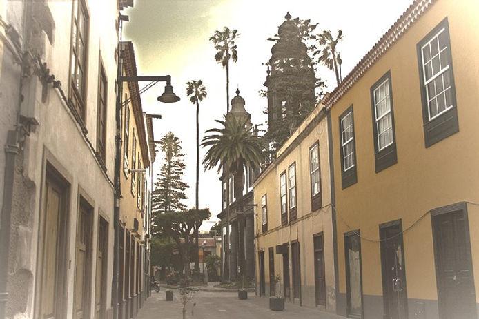 La-Laguna_edited.jpg