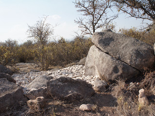 Es difícil encontrar en el mundo el lugar de nuestros anhelos; por eso hacemos Sendas de Piedra