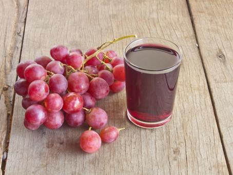 Saiba mais sobre o suco de uva 100% e os seus benefícios para a saúde