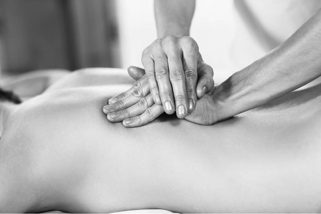 75 min relaxation/deep tissue massage