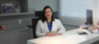 Dra. Édily Tourinho - Ginecologista e Obstetra