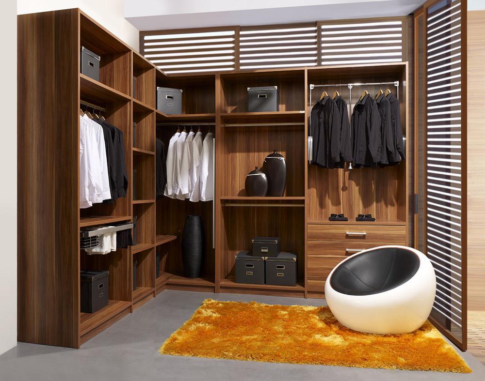 تفصيل غرف ملابس