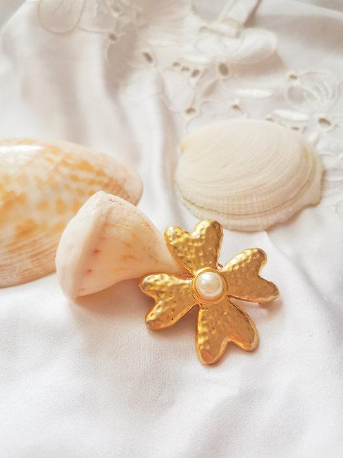 Broche à perles & dorées
