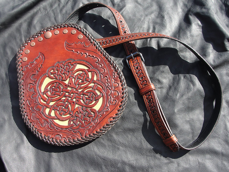 HL Tooled Sporran and Belt