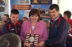 Sean Conacur & Alan Jennings receive the 'teamwork' award on behalf of Colga U9'