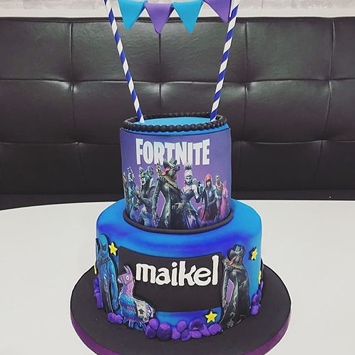Fortnite Theme Cake