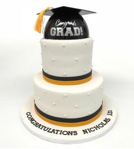Congrats Grad! Cake