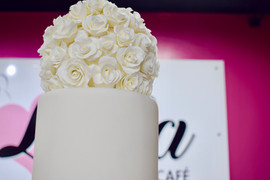 Wedding Bouquet (Top of Cake)