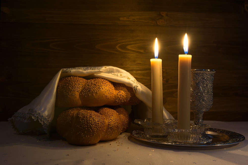 Imagen obtenida gracias a https://www.myjewishlearning.com/article/ask-the-expert-what-to-do-on-shabbat/