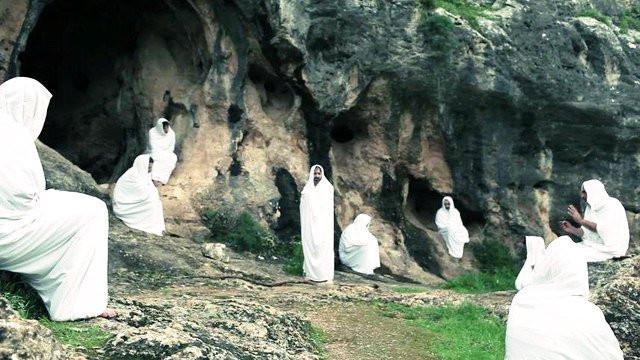 Imagen obtenida de http://www.kabbalah.info/es/el-libro-del-zohar/cinco-puntos-que-debes-conocer-del-zohar