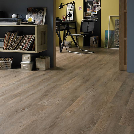 Karndean VGW81T Country Oak (Clearance price £21.99) Per M2
