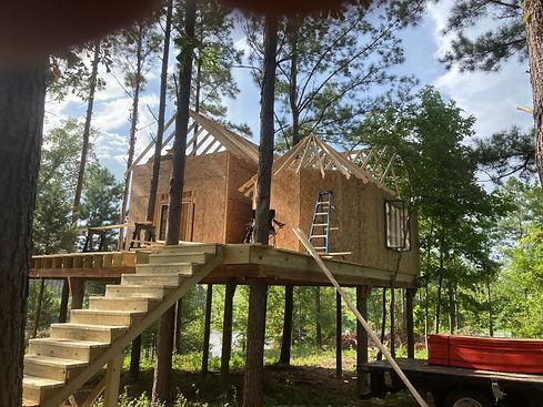 LUFKIN TREEHOUSE BUILDER CONSTRUCTION