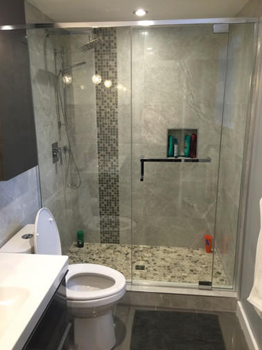 IMG_Shower with Square Hardware.jpg