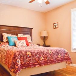 Bedroom2upstairs.jpg