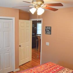 Upstairsbathroom2(2).jpg