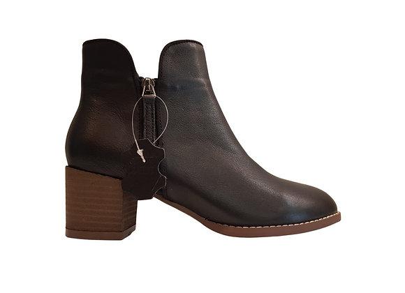 RITA (Leather)
