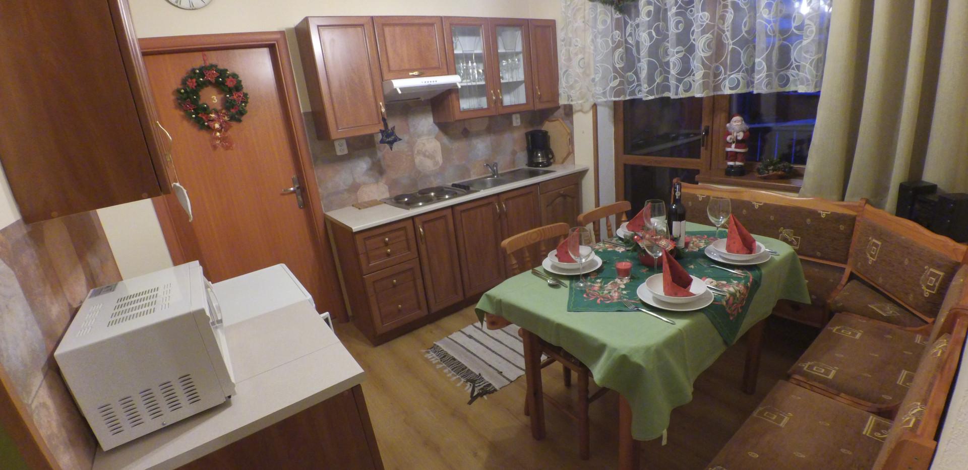 kuchyna deluxe 2.jpg