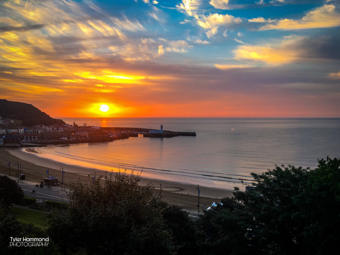 Scarbourgh Sea Front Sunrise