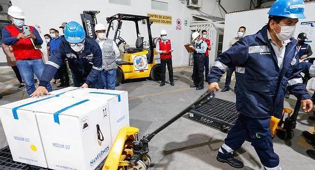 Nuevo lote de 50 mil vacunas Pfizer llegó al Perú esta noche