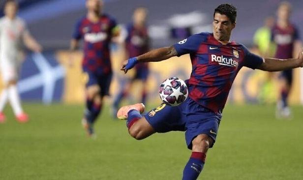 Luis Suárez continuaría en Barcelona a pedido de Ronald Koeman