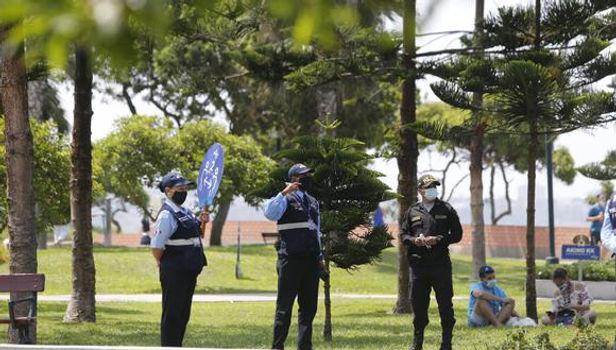 Parques se convierten en nuevo foco de contagio de COVID-19, advierte EsSalud