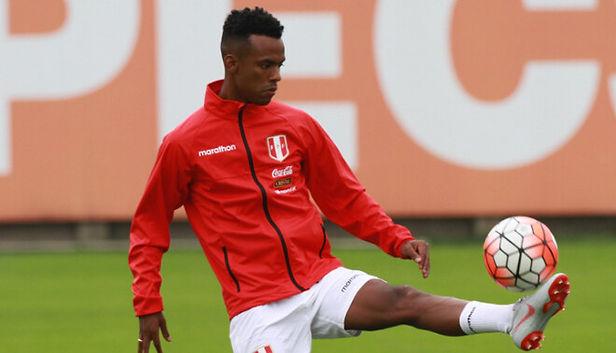 Nilson Loyola sufre lesión y es desconvocado de la selección peruana
