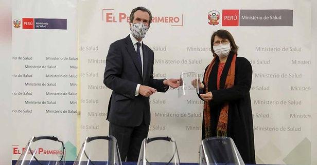 Francia dona más de 19 mil protectores faciales al Ministerio de Salud