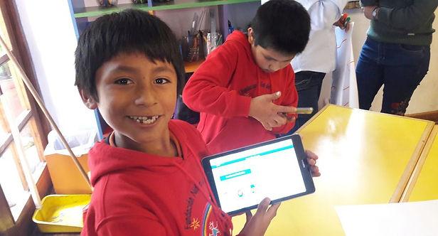 Ministerio de Educación distribuirá tablets a escolares a partir de octubre
