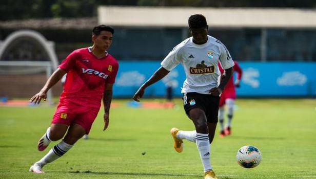 Sporting Cristal venció 2-0 a Cantolao en la preparación para disputar la Liga 1