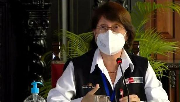 Mazzetti mintió y sí recibió la vacuna contra la COVID-19 mientras peruanos seguían muriendo