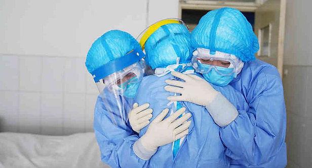 Más de 3 mil médicos se contagiaron del Covid-19 y 147 fallecieron durante la pandemia