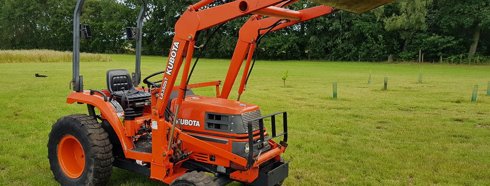 Kubota Compact Tractor ST30 HST  Tractor Front Loader